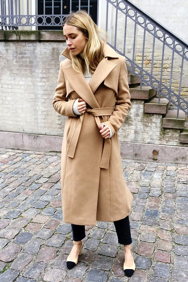 15 Fresh Ways To Style Your Camel Coat For Fall Trace Style Create Live